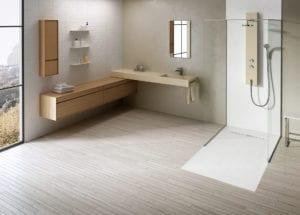 Minimalistisches Badezimmer in hellen Pastelltönen