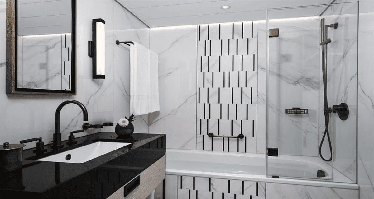 Badgestaltung: schwarz-weiss-Kontrast zwischen Boden und Möbeln.