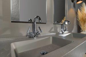 Neue Armaturen können ein Badezimmer aufwerten.